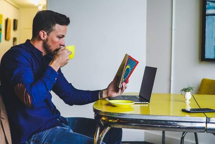 営業からエンジニア・プログラマー転職する人は増えている