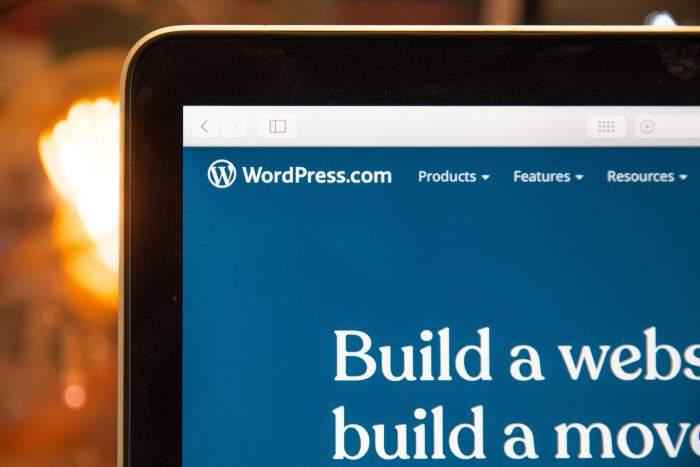 Wordpress(ワードプレス)案件で副業する方法【案件相場や受注方法も解説】