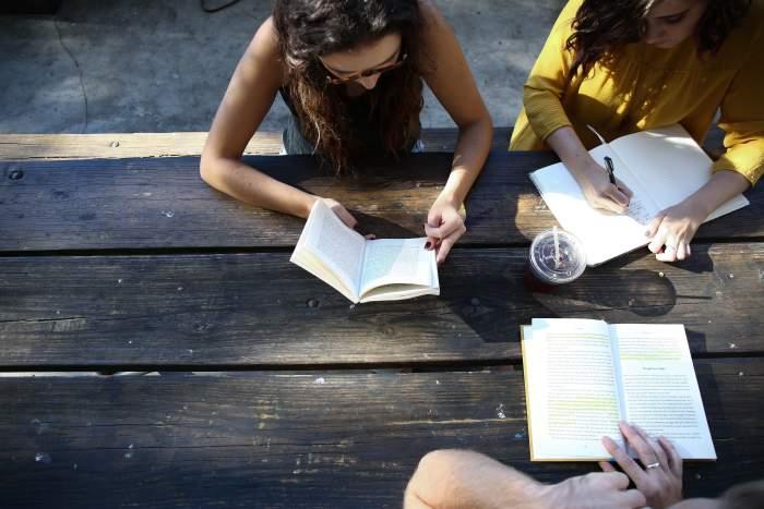 大学生からプログラミングを学ぶメリット5つ【学ぶべき理由】