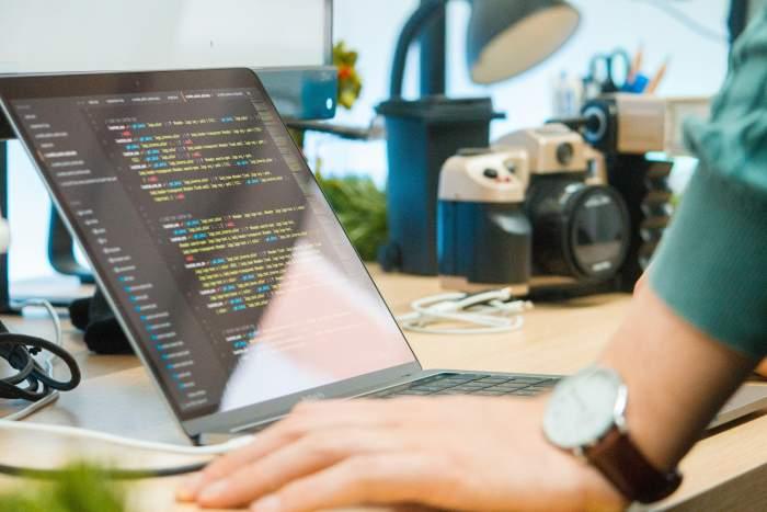 【厳選】Python学習で本当に選ぶべきプログラミングスクールはこの5つ